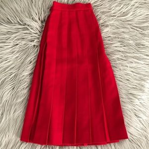Talbots Knee length pleated skirt size 12 red